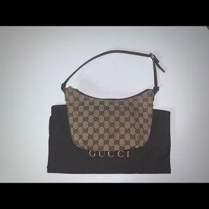 Authentic Gucci half moon baguette pochette clutch